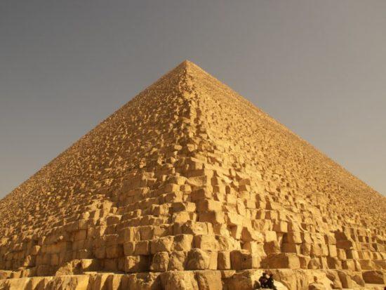 1352064996 2223726960 cc91af1726 b 550x413 Египетские пирамиды