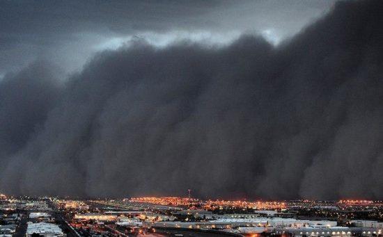 46df909a98c56c476ca1376502c1573d 550x341 Пыльная буря в Аризоне
