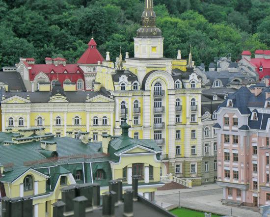 0 870d1 55af347a XL 550x442 Мертвый город для миллионеров в центре Киева