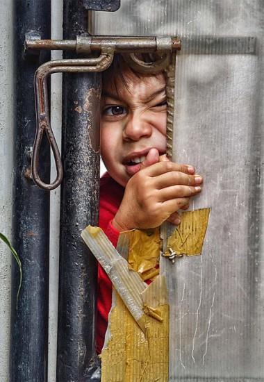 1362414000 adrian sommeling child 380x550 Серия фотографий от Adrian Sommeling