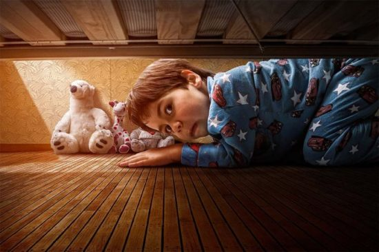 1362414040 adrian sommeling child monstercheck 550x366 Серия фотографий от Adrian Sommeling