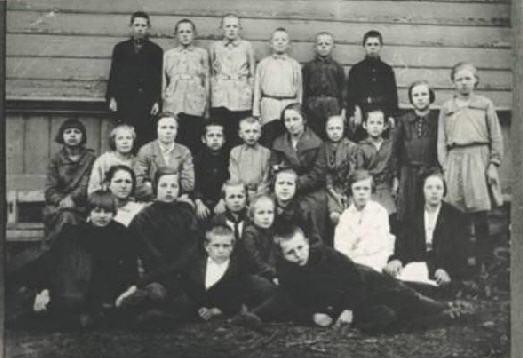 d0b56b95d0e7f205510aee877566c18b Школа, форма, жизнь в СССР...