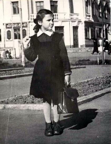 file129841 422x550 Школа, форма, жизнь в СССР...