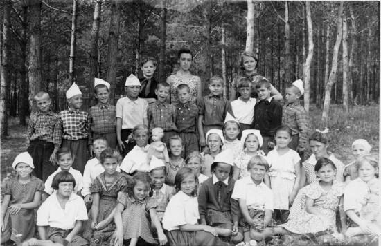 post 1 1254070376 550x356 Школа, форма, жизнь в СССР...