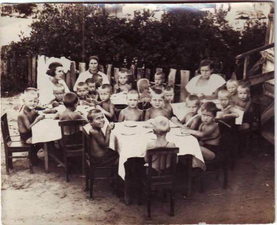 ussr 150 550x448 Наше далекое детство... в СССР