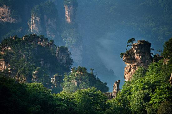 7740224934 d113c98a04 z 001 550x366 Национальный парк Чжанцзяцзе, Китай