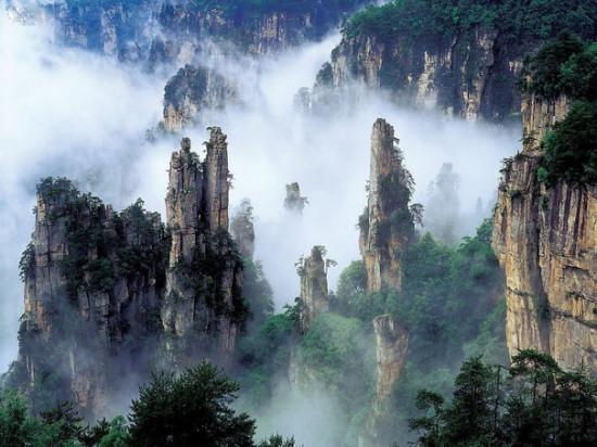 88266446 3623822 ch1 550x412 Национальный парк Чжанцзяцзе, Китай