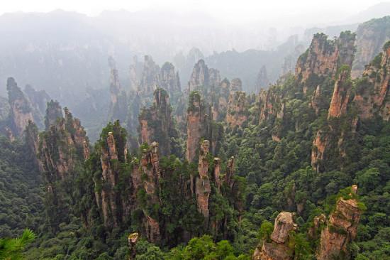 D0 93 D0 BE D1 80 D1 8B 20 D0 A2 D1 8F D0 BD D1 8C D1 86 D0 B7 D0 B8 10 550x366 Национальный парк Чжанцзяцзе, Китай