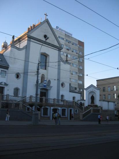 IMG 2840 412x550 Украина Родина. Улыбки разных городов. Винница