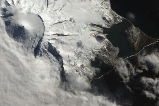 3345b37b 550x366 В Австралии открыли новые вулканы