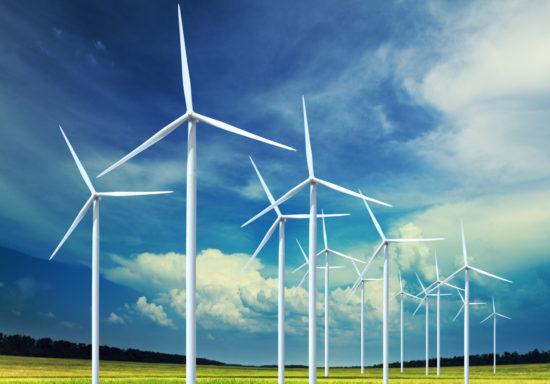 Wind turbines 550x384  Энергия ветра: прогноз погоды