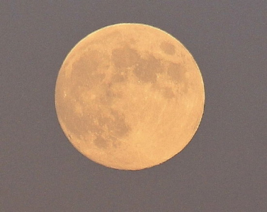 69d3e954 550x437 Луна оказалась моложе на 100 млн лет