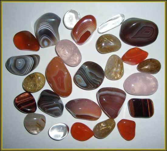 99455131 5247638 Kvarc 550x495 Свойства минералов. Часть 3