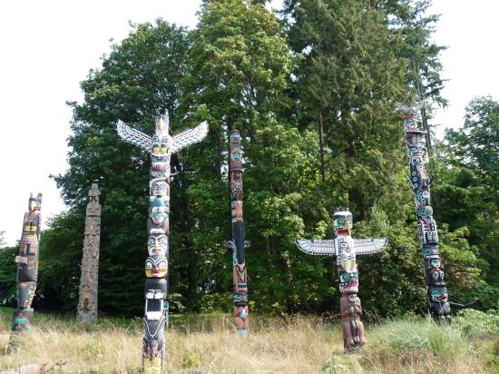 P1030295   Vancouver   Stanley Park   totem 550x412 Ванкувер