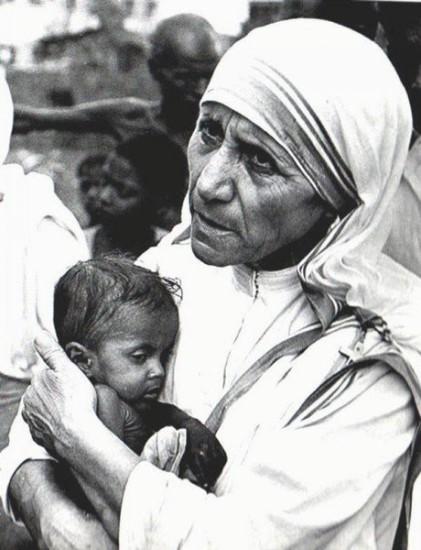 mother teresa3 421x550 Мать Тереза