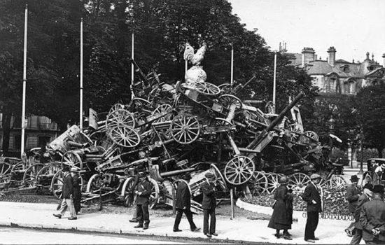 1918 god. Zahvachennaya nemetskaya artilleriya v Parizhe 550x350 Кусочки истории...