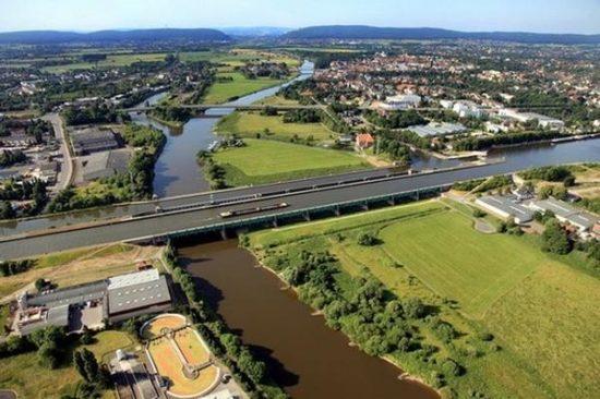 Most 2 550x366 Магдебургский водный мост