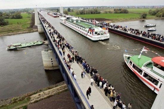 dX38X1KXCTE 550x367 Магдебургский водный мост