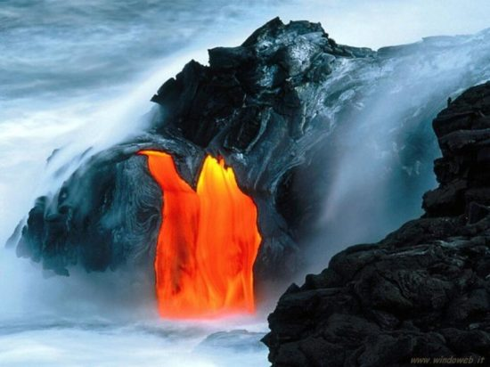 vulkan kilaujea 2 550x412 Национальный парк Гавайские вулканы