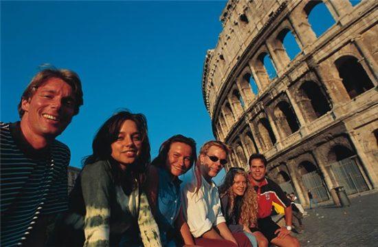 ef130676dd44 550x359 Уроки жизнелюбия от итальянцев