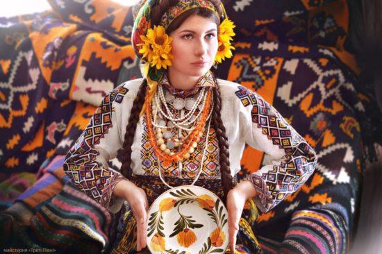 10486237 1524973217715374 1666706615533631729 o 550x366 Национальная одежда украинцев. Часть 1
