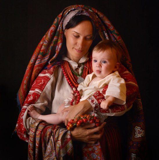 11813401 1631134083765953 3767291156218682914 n 548x550 Национальная одежда украинцев. Часть 2