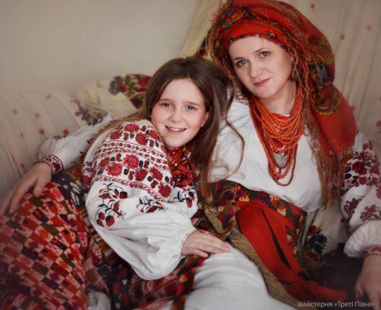 1618107 1618286541717374 5727728300743568260 o 550x448 Национальная одежда украинцев. Часть 1