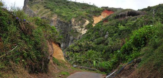 pitcairn island 46234495 550x264 Невероятный остров Питкэрн