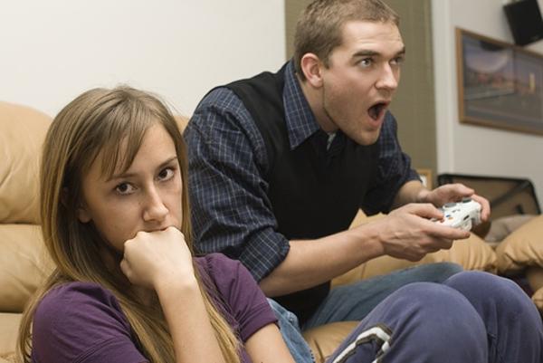 Муж все время играет в компьютерные игры помощь психолога консультация психолога г.истра