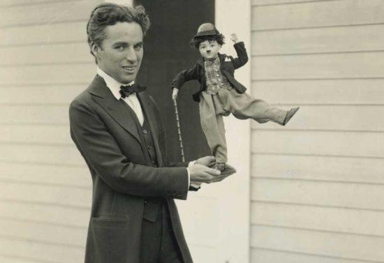 8149078 original 550x377 На что бывали способны поклонники Чаплина