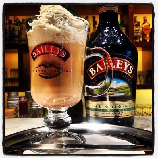 thumb 600 550x550 Знаменитые алкогольные напитки Ирландии